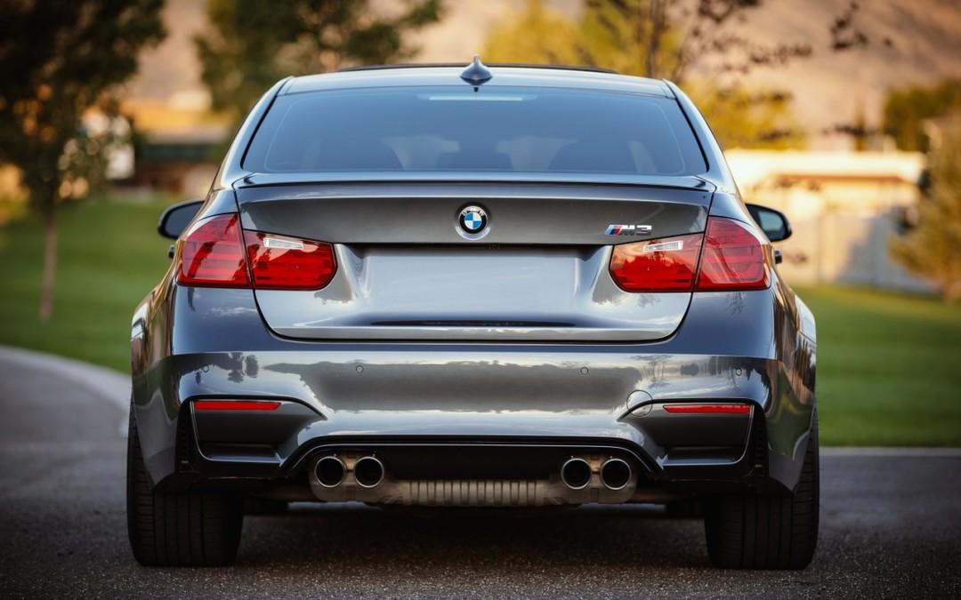 Co musisz wiedzieć zanim wypożyczysz auto z wypożyczalni samochodów?