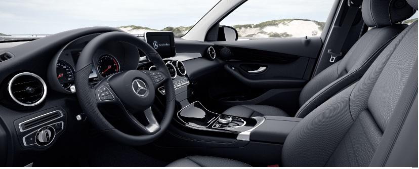 wypozyczalnia-samochodow-mercedes-glc-4matic-suv-automat-2