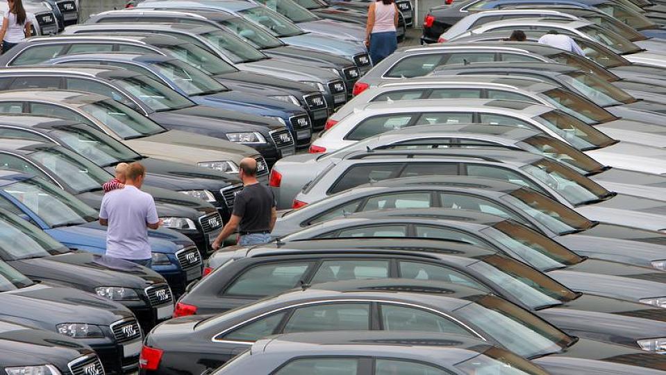 wroclaw-wypozyczalnia-samochodow-parking