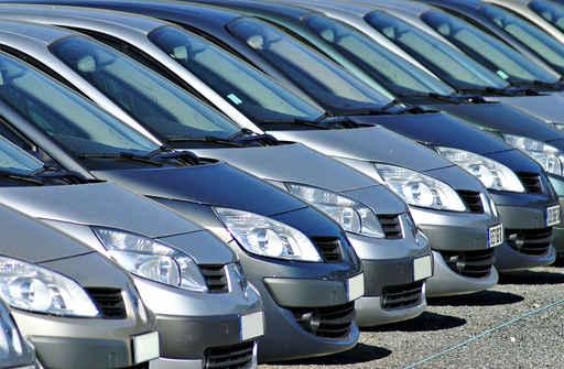 wypozyczalnia-samochodow-wroclaw-parking